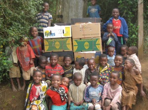 Children_with_container_boxes_-_Sept[1]