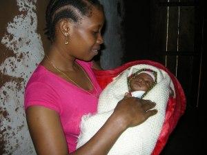 erine-elias-and-baby-boy-lenard-born-in-hospital