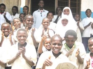 Kweulasi - Headteacher and pupils