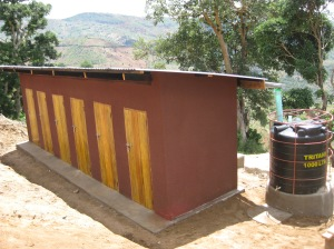 Mavumbi toilets and tank